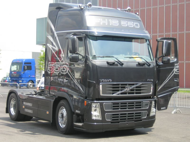 (42)VOLVO FH 12